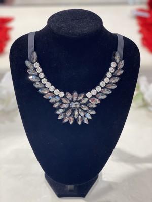 09-Szürke-ezüst köves nyaklánc