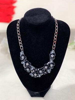 017-Szürke-ezüst virágos nyaklánc