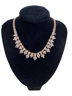 0004-Arany-ezüst strasszos nyaklánc