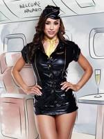 Fekete légikisasszony-kosztüm aranyszínű elemekkel, felsővel, szoknyácskával, sapkával és kitűzővel